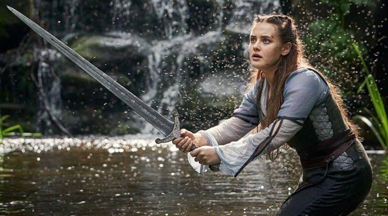 """""""Prekliaty"""" Netflix inšpirovaný Arthurovou legendou so silnými ženskými postavami vo vedľajšej úlohe"""